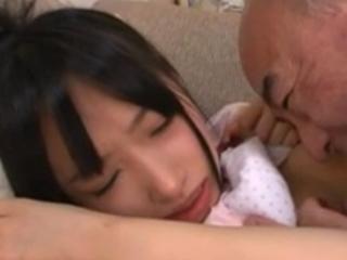 雲乃亜美|母の再婚相手と打ち解けたと思ったら体を求めてきてヤラレルJK