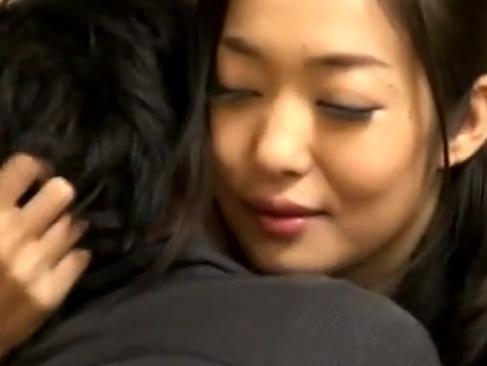 江波りゅう|暴力夫から旅館に逃げ込んだ母子が男女の関係になる官能熟女ストーリー