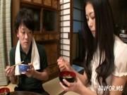 北川美緒|キスからはじまる母と息子の愛情、密着、濃厚セックス|実の息子と近親相姦する母
