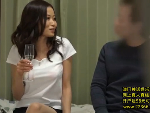 人妻|ナンパ?して部屋に連れ込んでハメてしまうバリエロスな動画