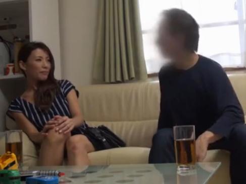 人妻|ナンパ?して部屋に連れ込んでハメてしまうバリエロスな動画2